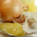 Beza z ajerkoniakowym sosem